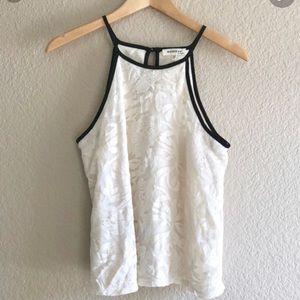 MONTEAU lace sleeveless top
